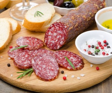 Czy warto jeść salami? Zalety i wady