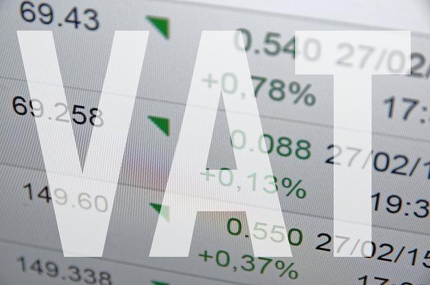 Czy warto rozliczać VAT za okresy kwartalne? /©123RF/PICSEL