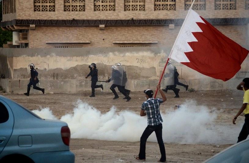 Czy warto, żeby Formuła 1 ryzykowała rolę przysłowiowej iskry, która padając na beczkę prochu, może wywołać bardzo poważne konsekwencje dla sytuacji mieszkańców Bahrajnu? /AFP