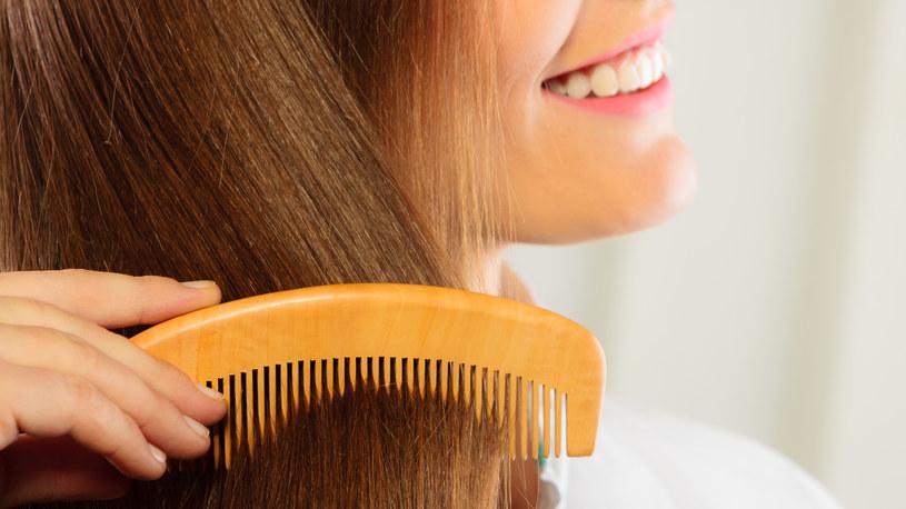 Czy wiesz, jak dbać o włosy? /123RF/PICSEL