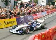 Czy Williams-BMW zaskoczy rywali? /AFP