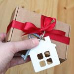 Czy za darowanie mieszkania trzeba zapłacić podatek?