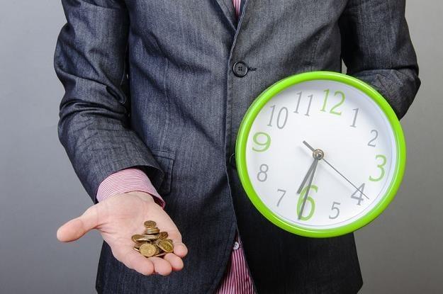Czy zmiana czasu  się opłaca? /©123RF/PICSEL