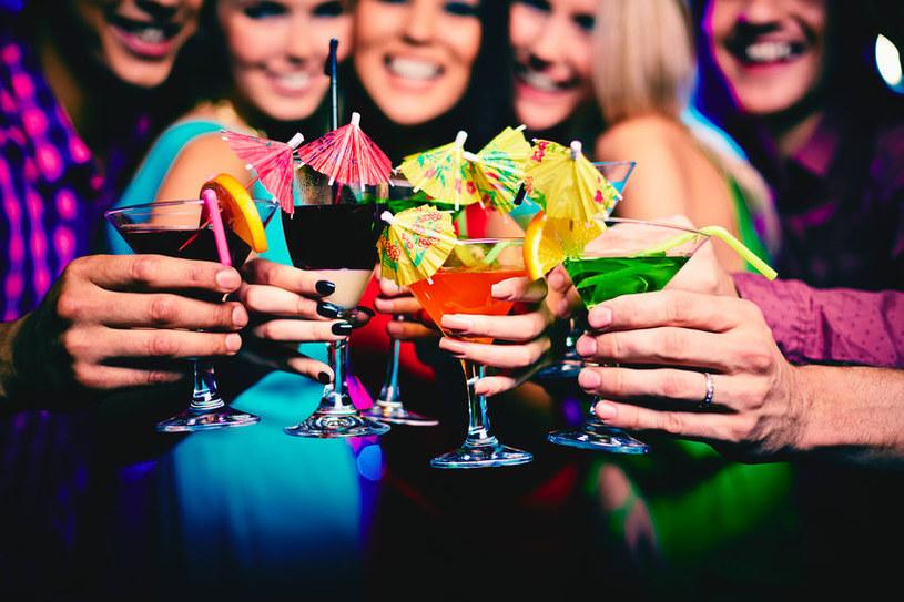 Czym jest alkohoreksja i jak się objawia? /©123RF/PICSEL