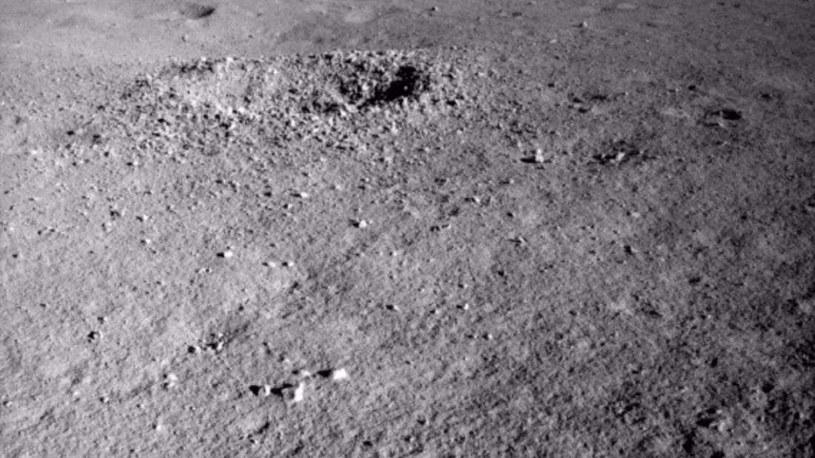 Czym jest żelopodobna substancja znaleziona na Księżycu? Fot. China Lunar Exploration Project /materiały prasowe