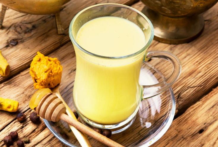 Czym jest złote mleko? /©123RF/PICSEL