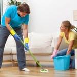 Czym myć podłogi?