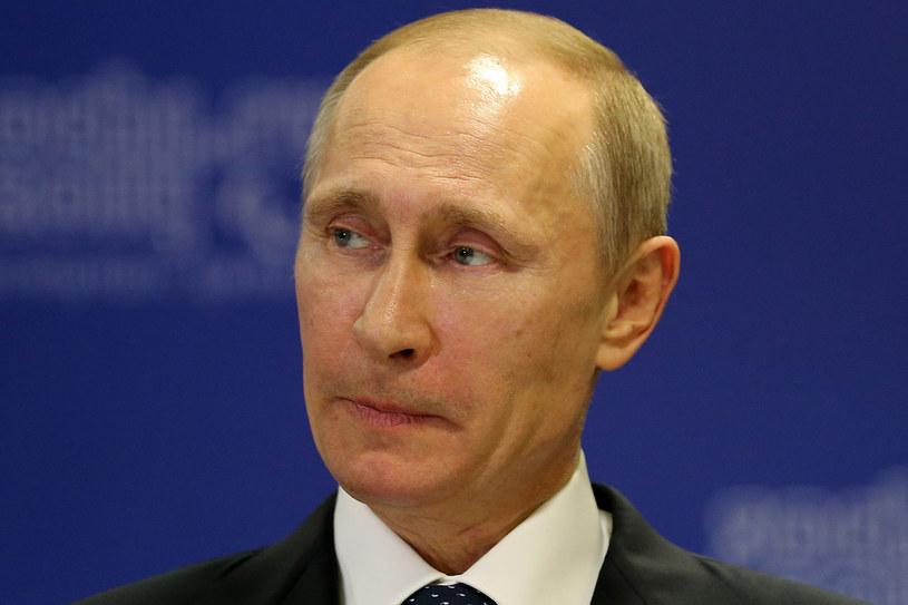 Czym Putin magnetyzuje rosyjskie społeczeństwo /Getty Images/Flash Press Media