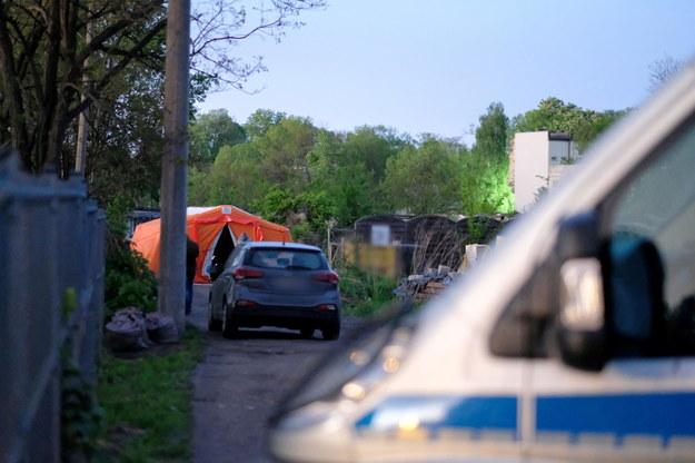 Czynności policji w związku z zabójstwem poszukiwanego Sebastiana /Andrzej Grygiel /PAP