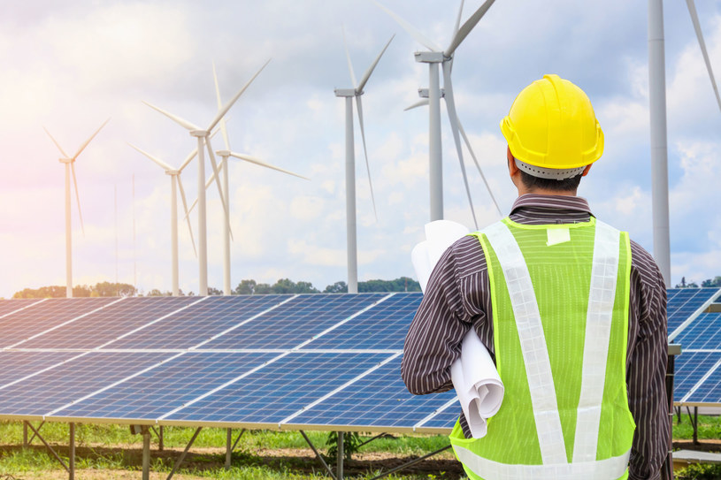 Czyste powietrze, efektywność energetyczna i OZE - to energetyczne priorytety KPO /123RF/PICSEL