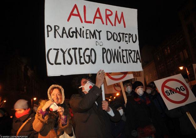Czyste powietrze: Towar deficytowy w Polsce /East News
