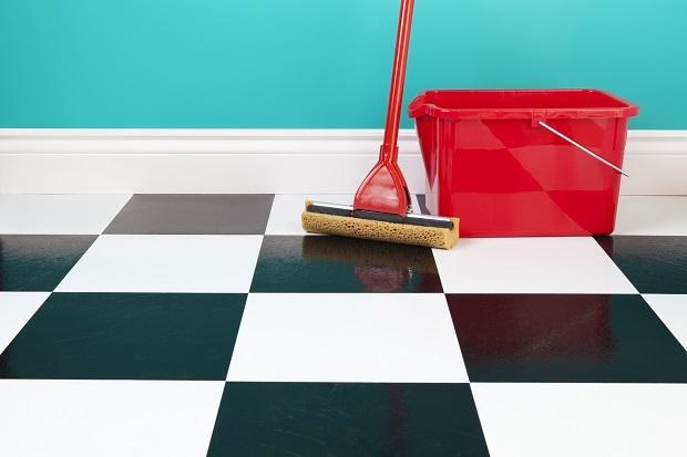 czyszczenie podłóg /© Photogenica