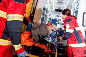 Dąbrowa Górnicza: Pijany kierowca potrącił kobietę, 51-latka trafiła do szpitala