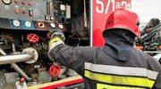 Dąbrowa Górnicza: Pożar hali opanowany. Zawalił się dach