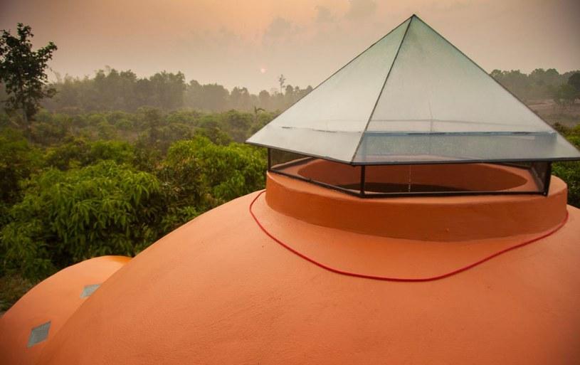 Dachowe świetliki to jeden z wielu autorskich pomysłów Steve'a /Steve Areen /materiały prasowe