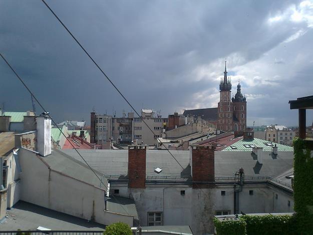 Dachy centrum Krakowa... Fot. Krzysztof Mrówka /INTERIA.PL