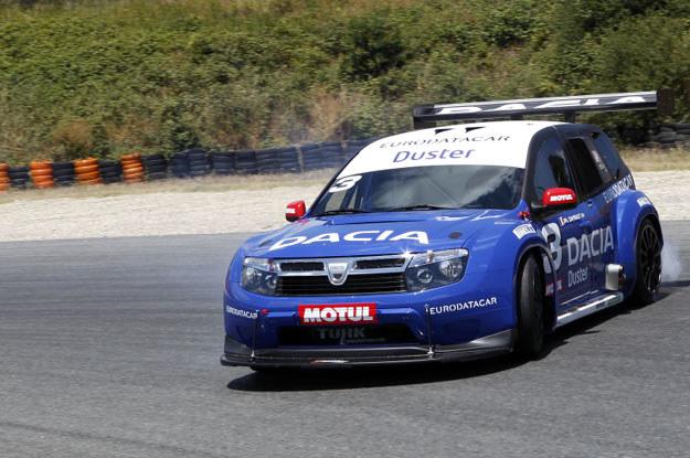 Dacia duster w wersji  « No Limit »  na  Pikes Peak /