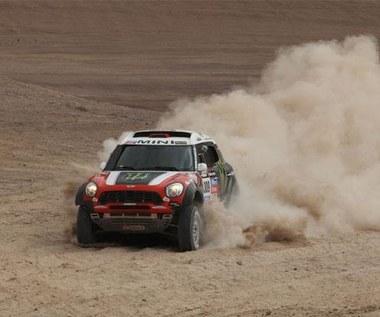 Dakar 2014. Świetny występ Hołowczyca