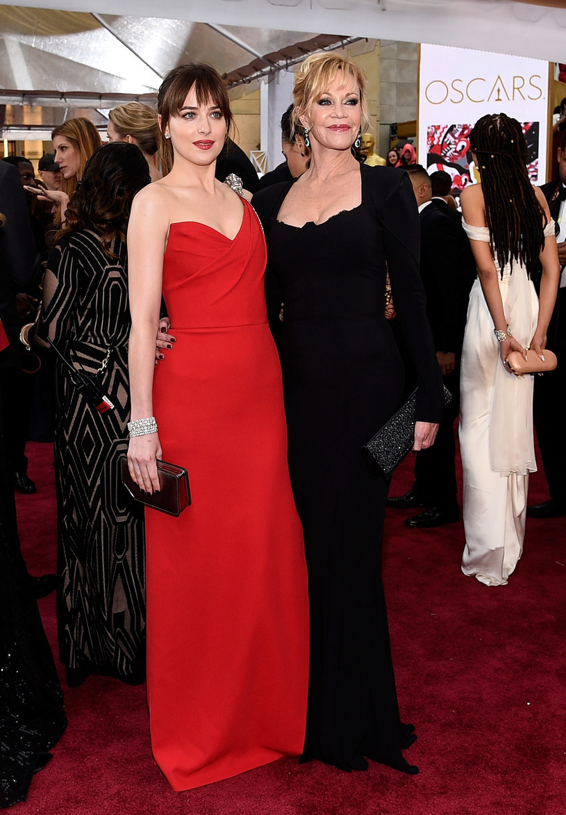 Dakota z mamą Melanie /Getty Images
