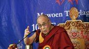 Dalajlama ostro: Nie módlcie się za Francję