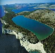Dalmacja, Chorwacja, jezioro Mir /Encyklopedia Internautica