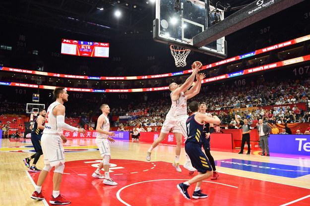 Damian Kulig w meczu Polska - Rosja na MŚ koszykarzy /COSTFOTO /PAP/EPA