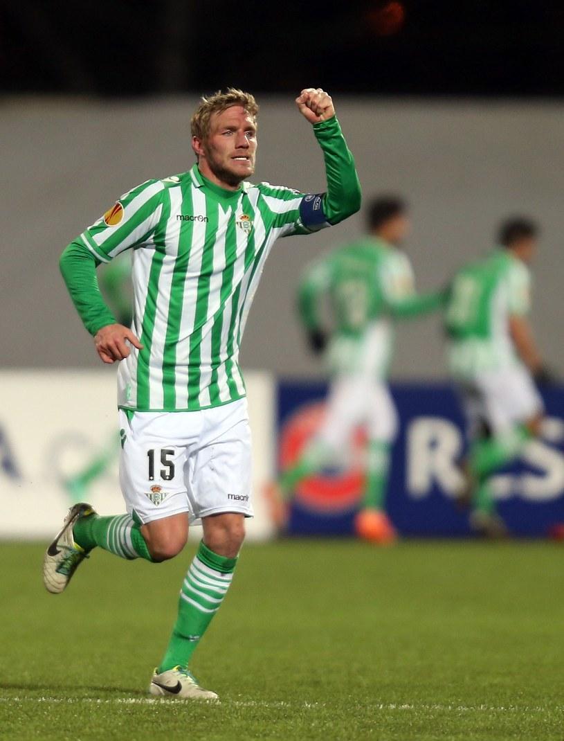 Damien Perquis miał powody do radości, gdy Betis ograł w 1/16 finału Rubin Kazań. /AFP