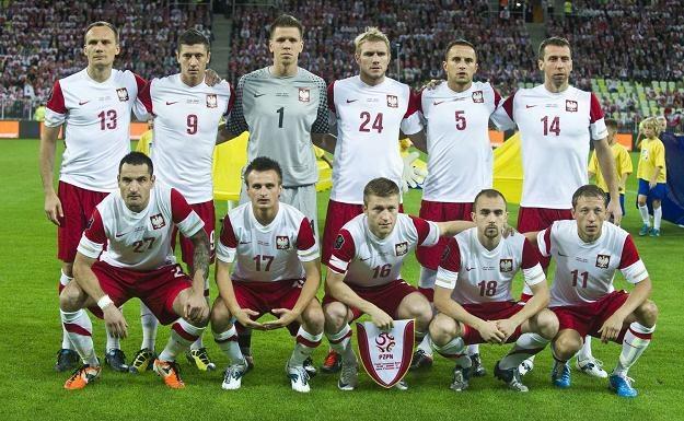Damien Perquis (nr.24) przed meczem z Niemcami nie śpiewał hymnu, bo... nie zna polskiego /AFP