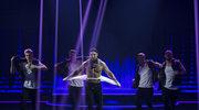 """""""Dance, Dance, Dance"""": Co w 2. odcinku? Uczestnik zerwał z siebie koszulkę na scenie!"""