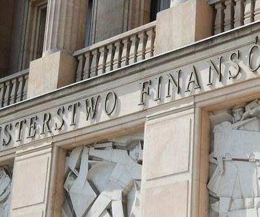 Dane z MF: W cztery miesiące fiskus rozłożył na raty 1,2 mld zł podatków. To blisko 2 razy więcej niż rok temu