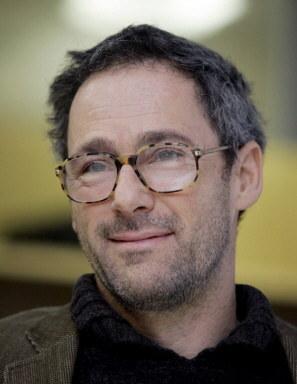 Dani Levy chce odmitologizować postać Hitlera /AFP