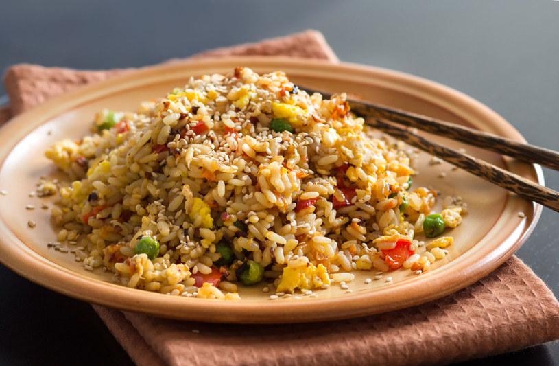 Danie wegetariańskie z ryżem /123RF/PICSEL