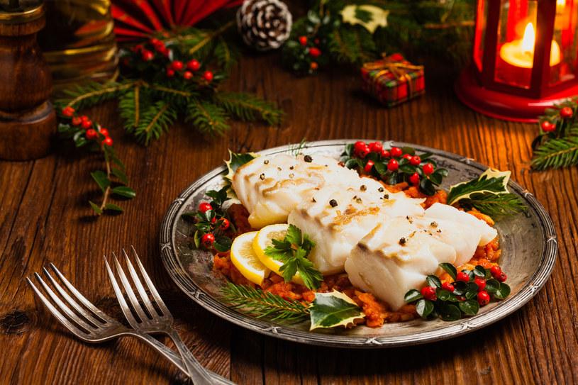 Danie wigilijne na każdym stole - ryba, to posiłek bogaty w kwasy omega-3 /123RF/PICSEL