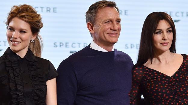 Daniel Craig: Bond w swetrze /AFP
