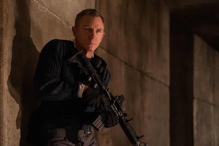 """Daniel Craig na planie filmu """"Nie czas umierać"""" /Forum Film Poland /Materiały prasowe"""