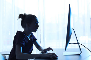 Daniel Dziewit: Młodzi utonęli w sieci i są w niej użytkowani