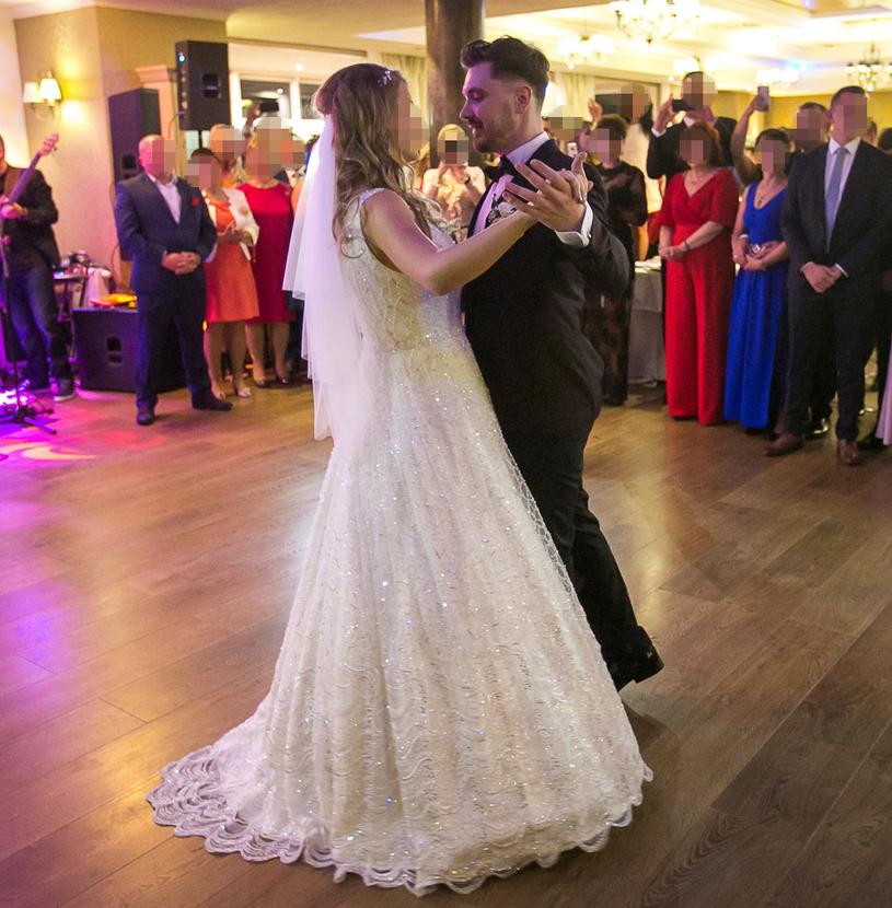 Daniel i Ewelina podczas wesela /Piotr Grzybowski /East News