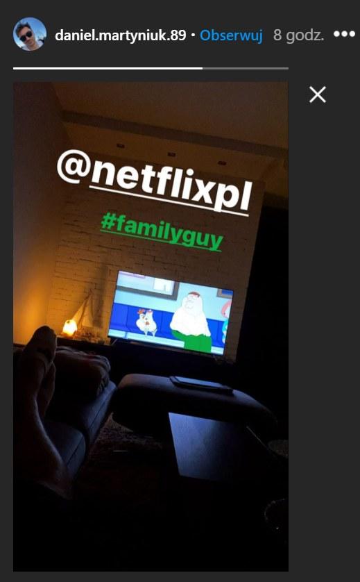 Daniel Martyniuk oglądający Netflixa /Instagram/daniel.martyniuk.89 /Instagram