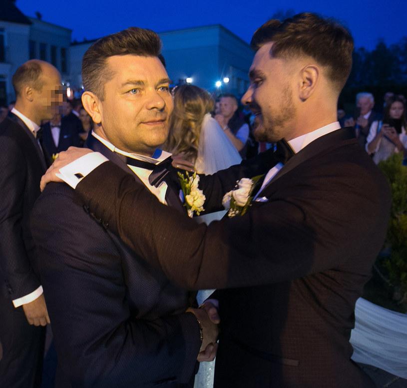 Daniel Martyniuk z synem /Piotr Grzybowski /East News