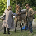 Daniel Olbrychski walczy ze stresem. Pali nawet na koniu!