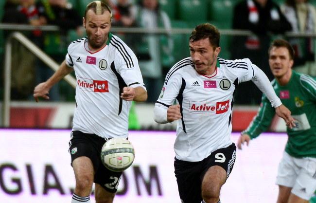 Danijel Ljuboja (z lewej) i Marek Saganowski, napastnicy Legii /Bartłomiej Zborowski /PAP