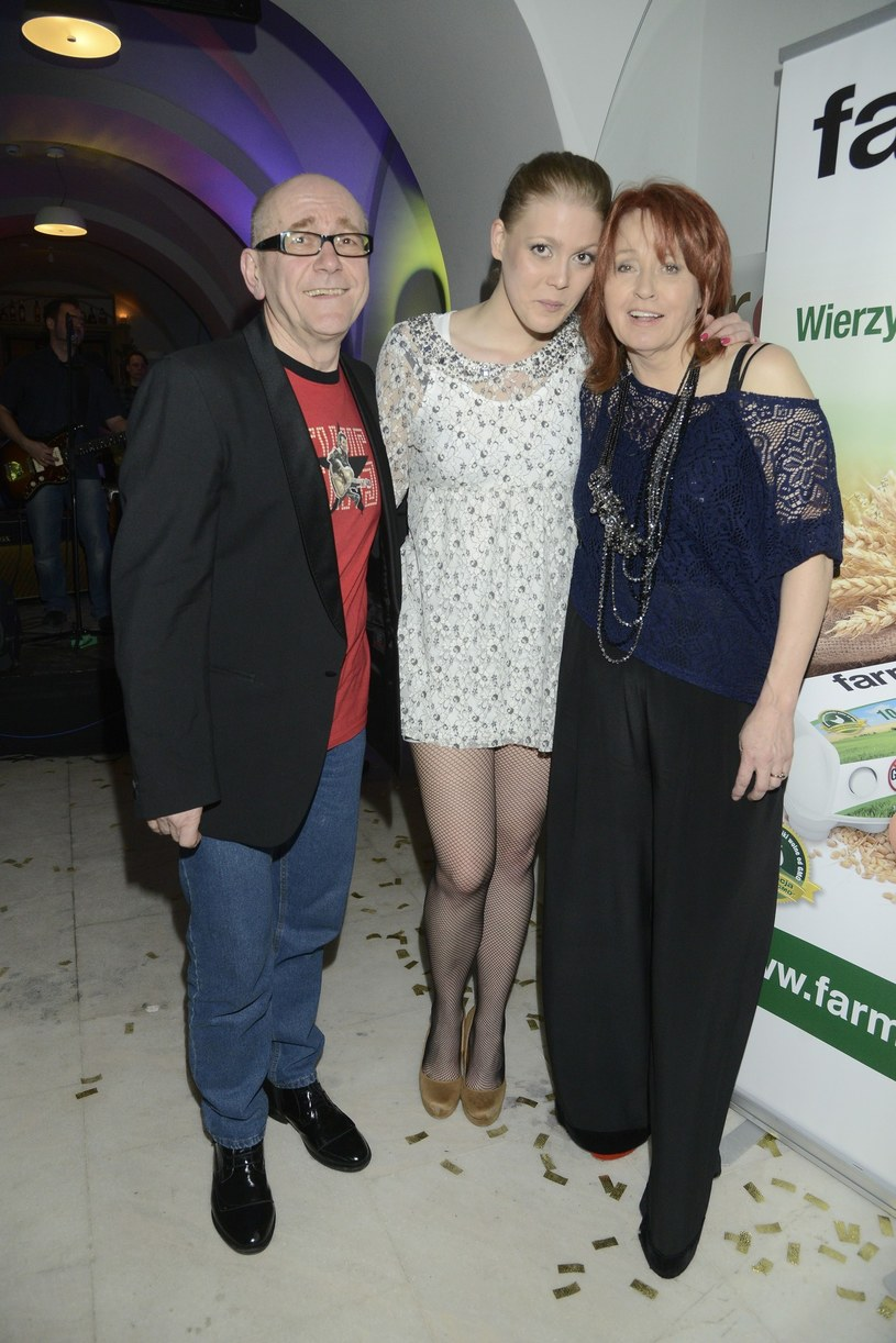Danuta Błażejczyk z mężem Andrzejem i córką Karoliną /East News