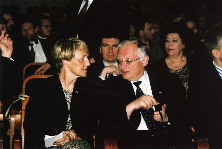 Danuta Hubner, ówczesna minister ds. europejskich i Gunther Verheugen, komisarz ds. rozszerzenia /Archiwum prywatne