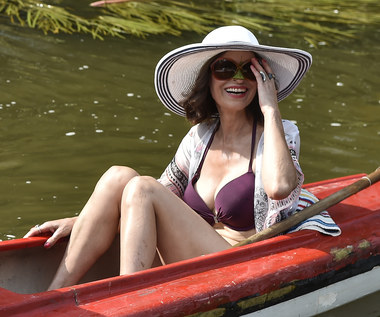 "Danuta Stenka w bikini na planie filmu ""Klecha"""