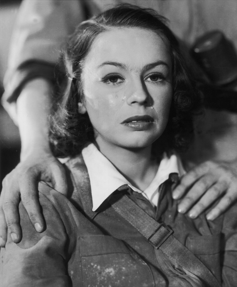 "Danuta Szaflarska w filmie ""Zakazane piosenki"" (1946) /AKPA"
