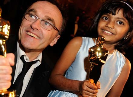 """Dany Boyle chce wspierać młodych aktorów """"Slumdoga"""" - fot. Kevork Djansezian /Getty Images/Flash Press Media"""