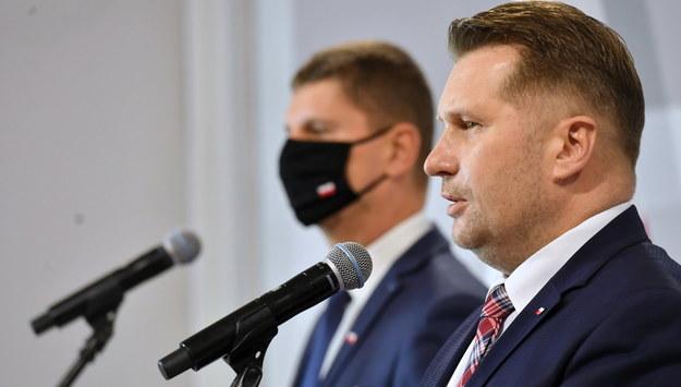 Dariusz Piontkowski i Przemysław Czarnek /Piotr Nowak /PAP