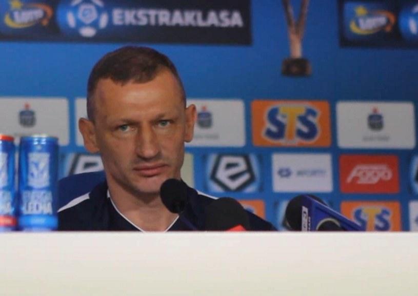 Dariusz Żuraw prowadzi Lecha /Andrzej Grupa /INTERIA.PL