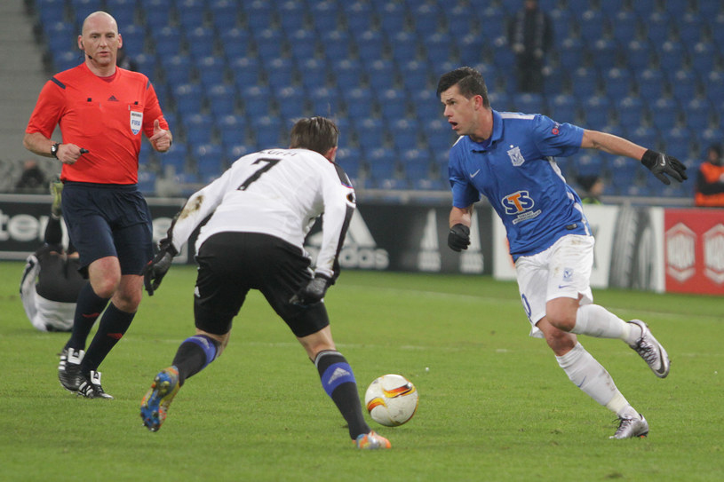 Darko Jevtić (z prawej) był aktywny, ale nie udało mu się strzelić gola /Andrzej Grupa /INTERIA.PL