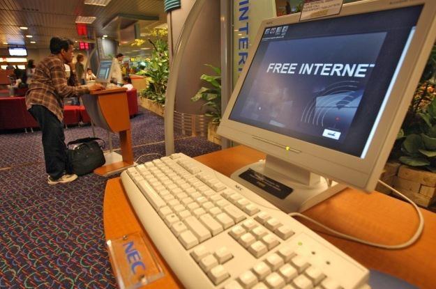 Darmowy internet do kónca życia - to byłoby coś /AFP